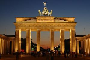 Image de la Porte de Brandebourg à Berlin symbole historique de la ville
